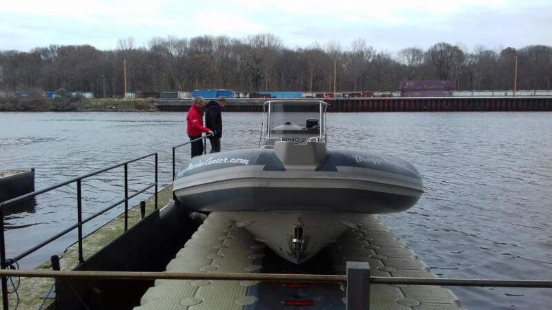 plataformas flotantes para barcos