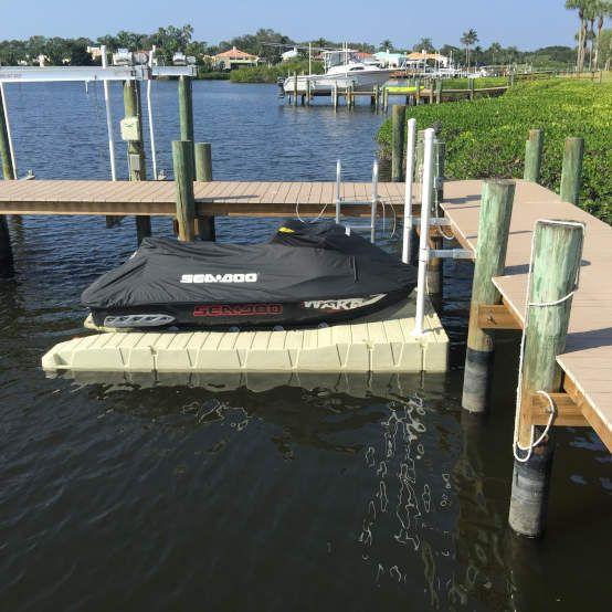 plataforma para moto de agua
